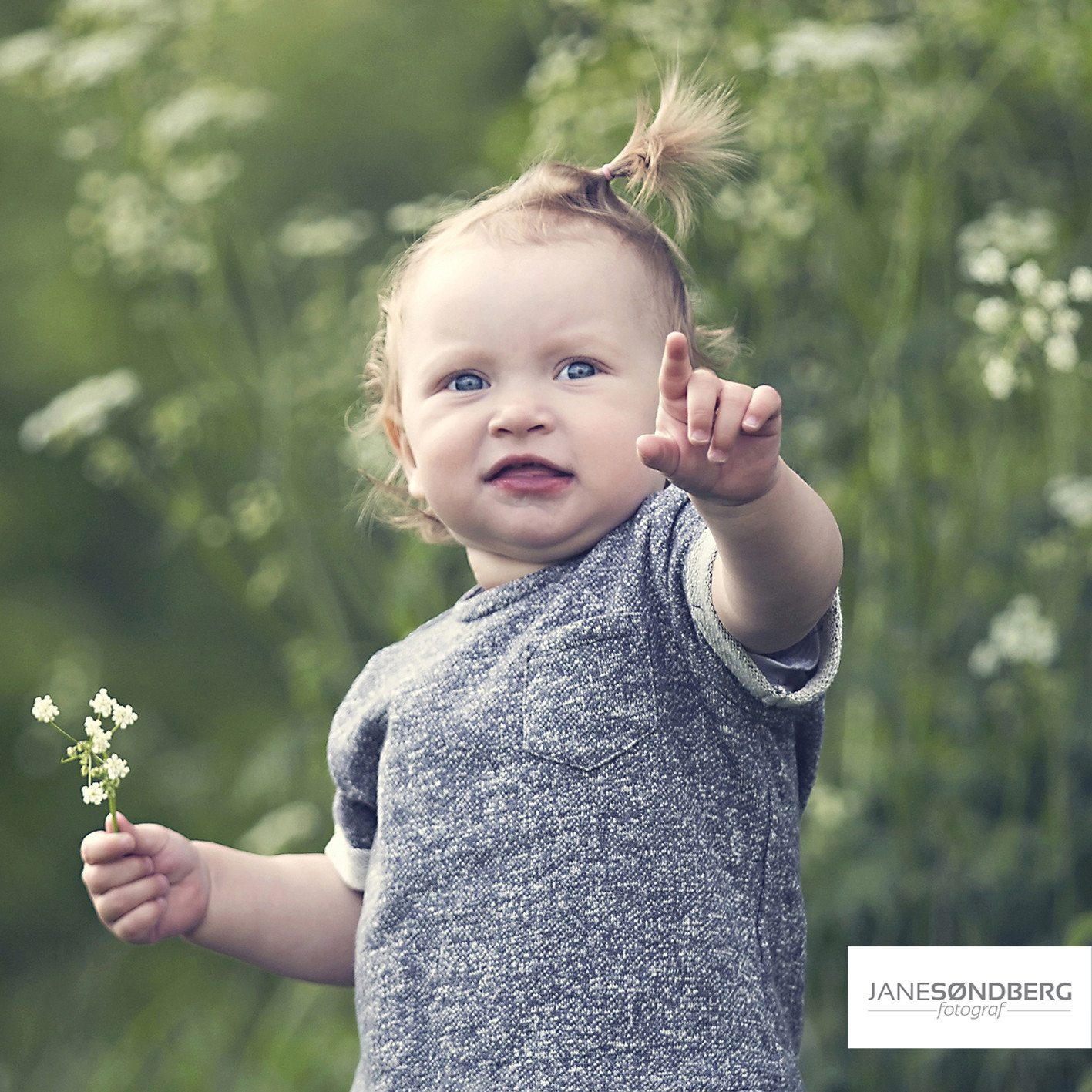 Baby Photoshoot (3-12 mdr.) udenfor studio - Silkeborg
