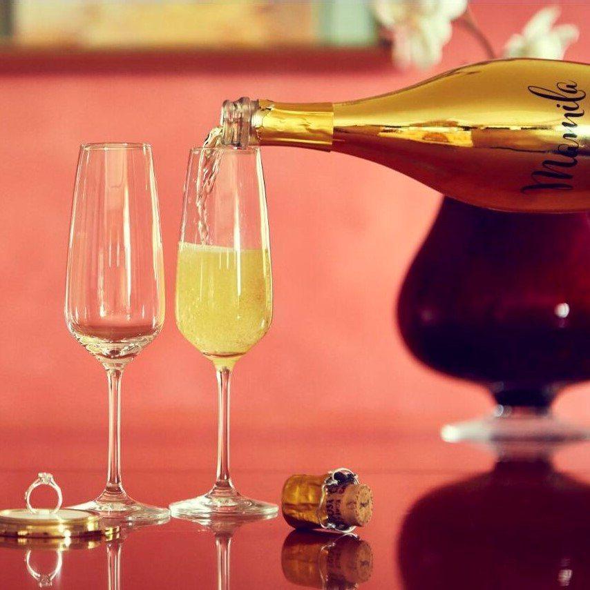 Champagneflaske med hemmeligt rum