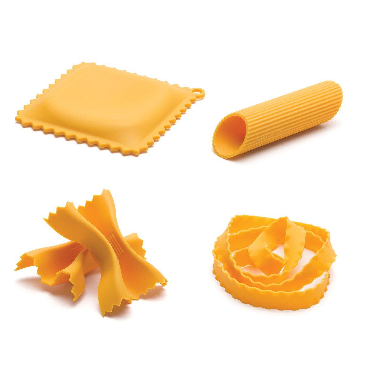 Køkkenredskaber formet som pasta