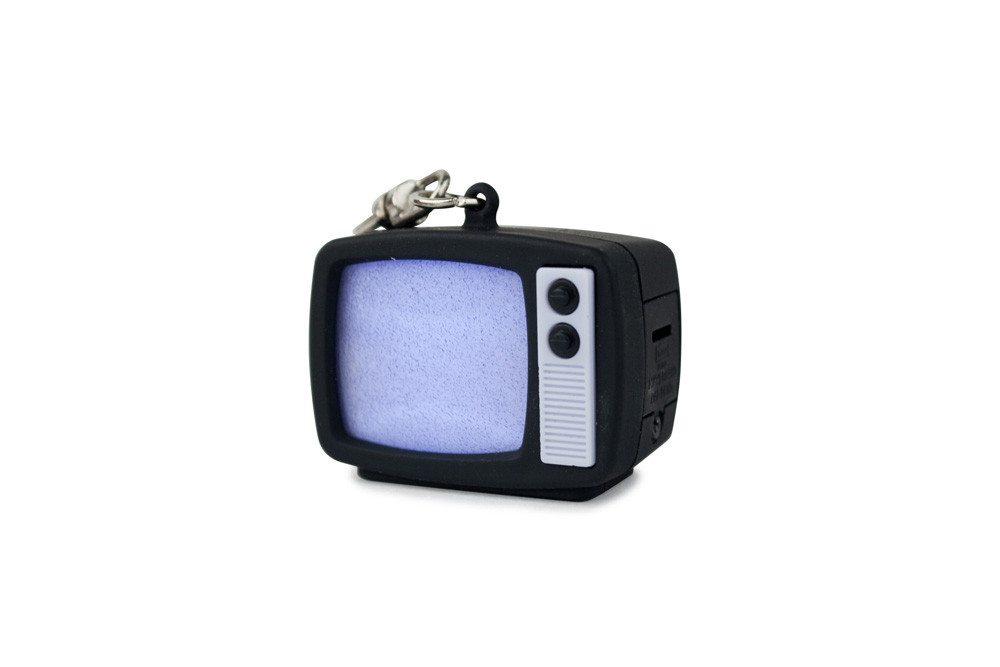 LED-nøglering med retro-TV