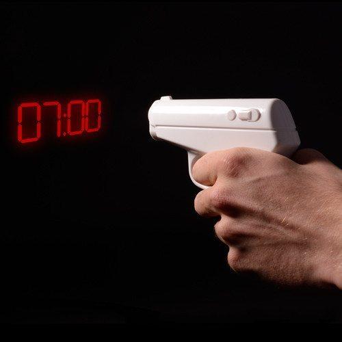 Pistolformet projektorur