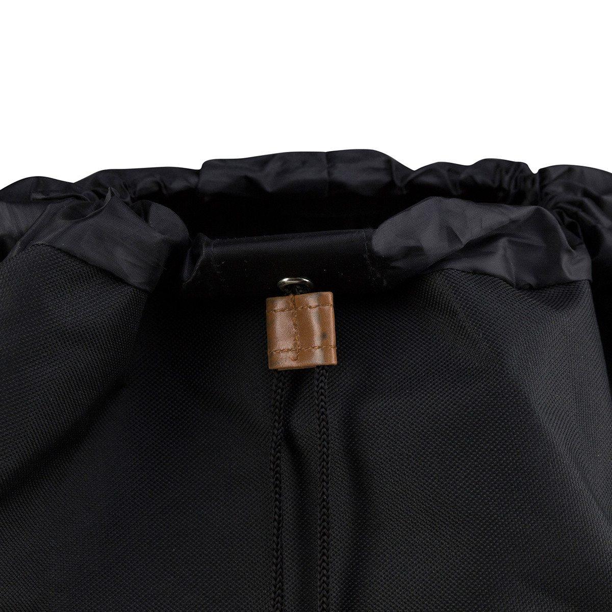 Sort rygsæk med initialer