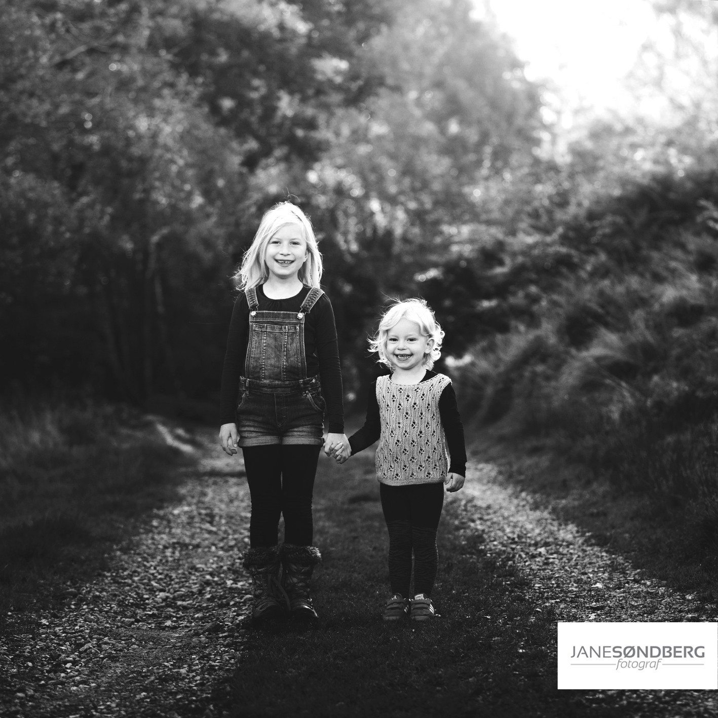 Søskende fotografering i det fri - Hammel