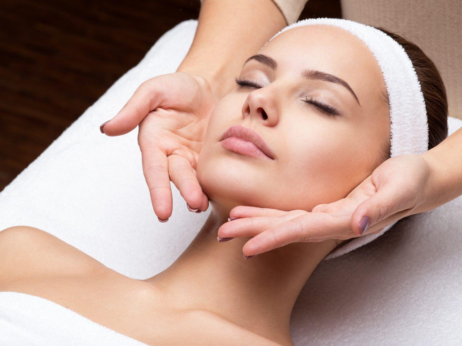 massage i næstved ansigtsmassage