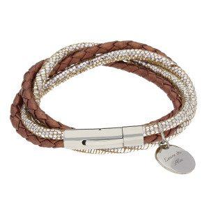Armbånd i læder og sølv med indgraveret vedhæng