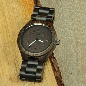 Armbåndsur af sandeltræ