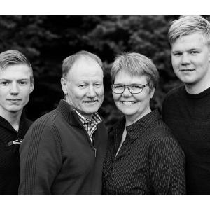 Familieportæt, op til 6 personer, i studie - Kolding