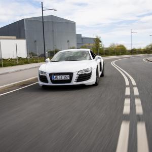 Kør Audi R8 - 4 omgange på bane - Silkeborg