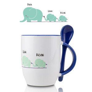 Krus med elefantmotiv og tilhørende ske