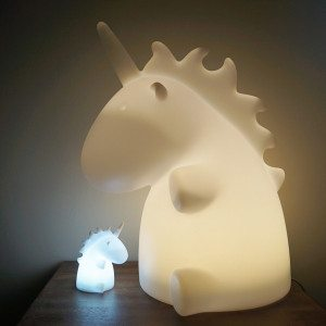 Lampe formet som en enhjørning