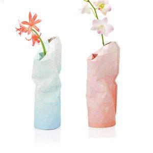 Lille vase af papir