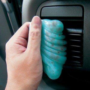Rengøringsmiddel til bilen