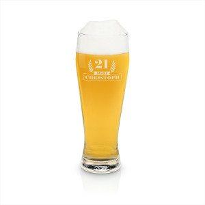 Stort indgraveret ølglas
