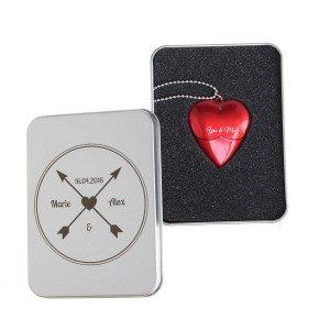 USB-stik formet som hjerte med indgravering 2 GB
