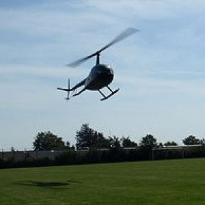 VIP-flyvning i helikopter for 3 personer - Roskilde